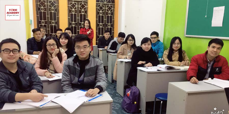 co-thu-thuy-toeic-academy-2